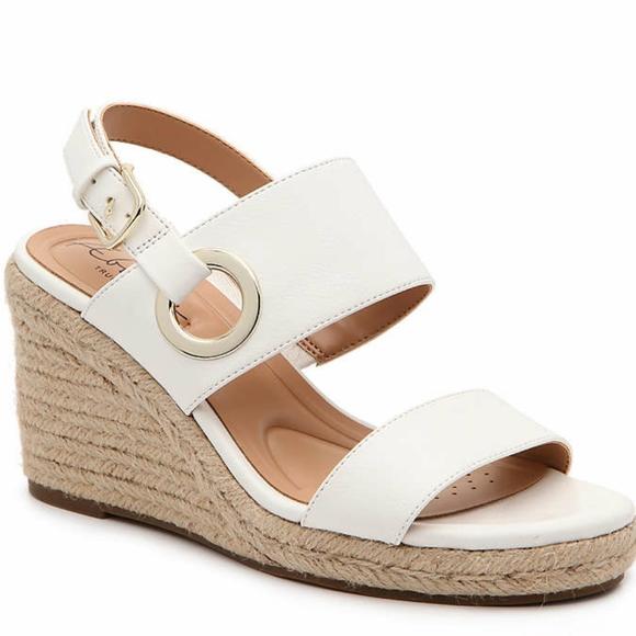 Abella Shoes   Nib Taya Wedge Sandals